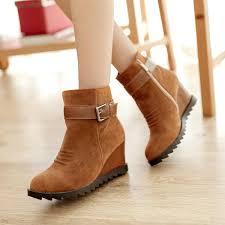 أحذية شتوية نسائية جميلة hayahcc_1443869521_507.jpg
