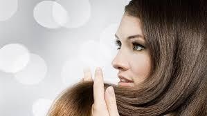 الخلطة الذهبية لتطويل الشعر hayahcc_1449924071_315.jpg