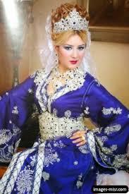 فساتين عروس جزائرية رائعة hayahcc_1450083791_256.jpg