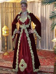 فساتين عروس جزائرية رائعة hayahcc_1450083791_756.jpg