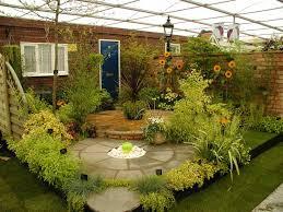 ديكورات حدائق رائعة لتزيين منزلك hayahcc_1450186554_930.jpg