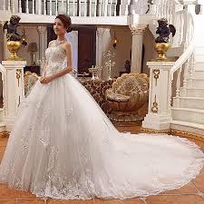 فساتين عروس طويلة hayahcc_1450636218_946.jpg