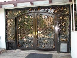 تصاميم أبواب خارجية فخمة hayahcc_1450637469_922.jpg