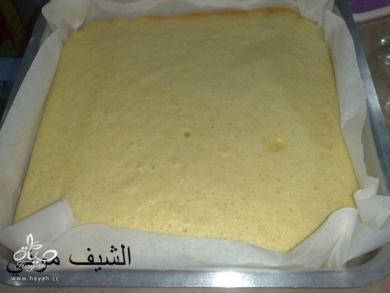 تورتة عيد الأم بالشوكولاته البيضاء والمالتيزرز من مطبخ الشيف موني hayahcc_1459858745_243.jpg