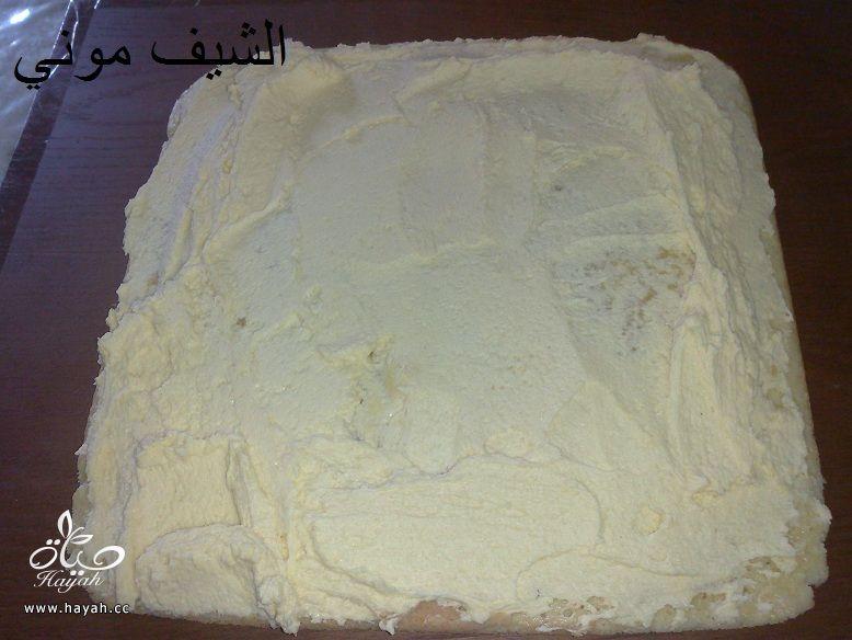 تورتة عيد الأم بالشوكولاته البيضاء والمالتيزرز من مطبخ الشيف موني hayahcc_1459858749_412.jpg