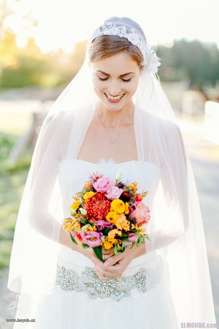 عروس بألوان مختلفة hayahcc_1463308236_132.jpg