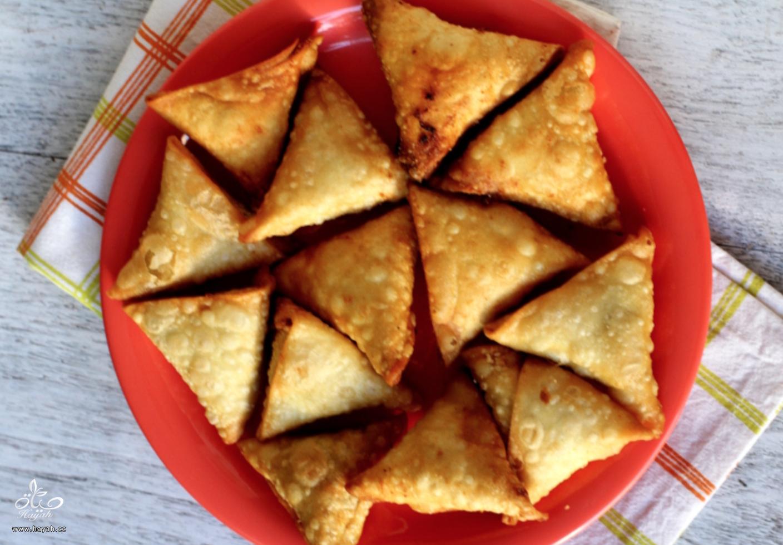 وصفة رمضانية: سمبوسة البصل الهندية الشهية hayahcc_1496224964_421.png