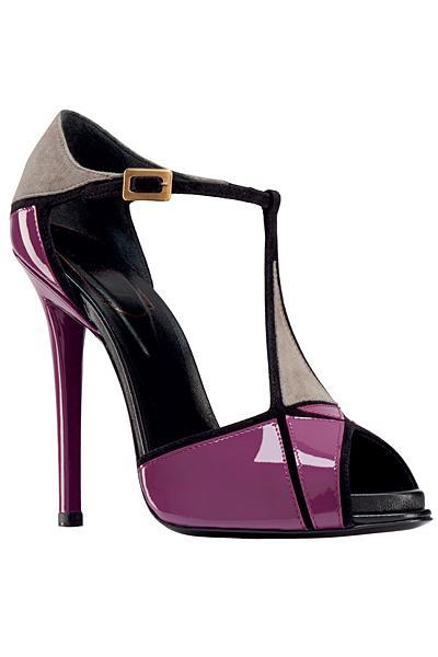 احذية وشنط روووووووووووووووعة 310171343139593.jpg