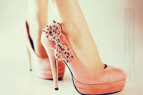 احذية وشنط روووووووووووووووعة 3770871342656657.jpg