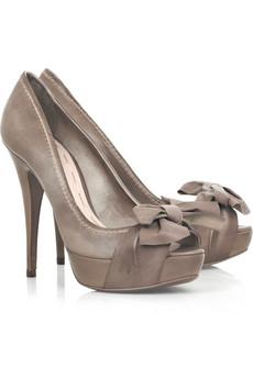احذية وشنط روووووووووووووووعة 7328251343140024.jpg