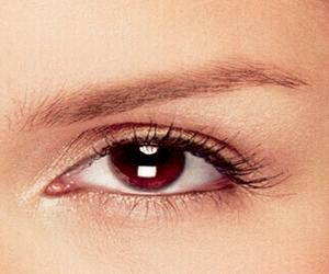 جمال العيون البنية-طرق ابراز جمال