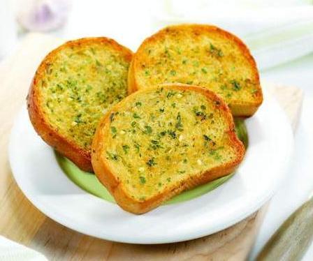 خبز الثوم والجبن